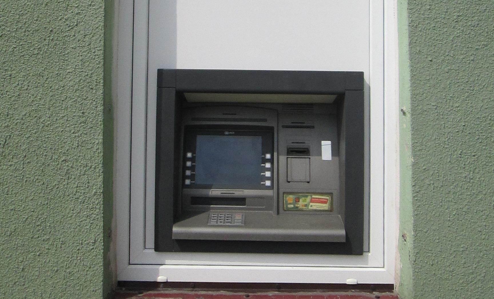 Bankomat w Brzoziu