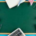 Nauka języków, tablica, kredki